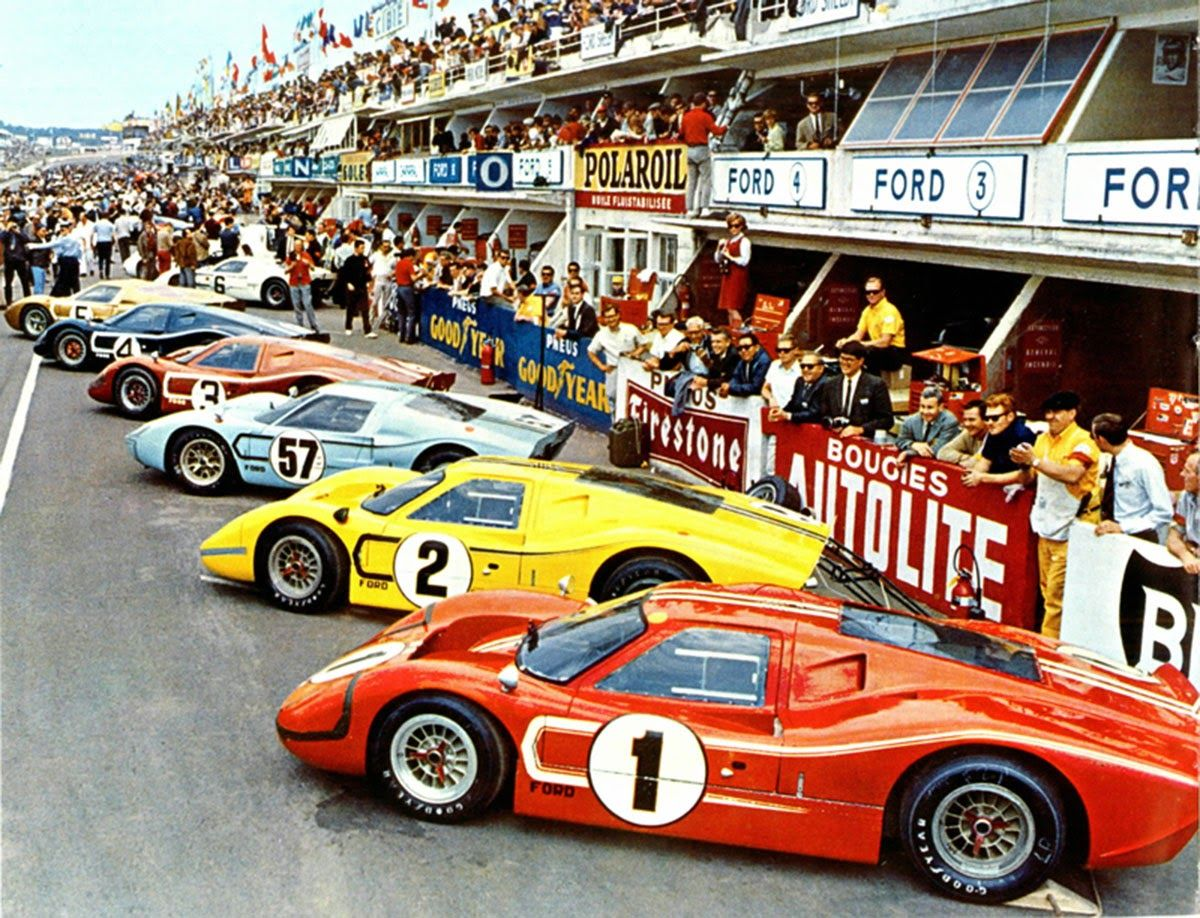 Starting Lineup For The 1967 24 Hours Of Lemans Eventual Winners A J Foyt And Dan Gurney Drove The 1 Ford Gt Mk Iv Arabalar Motosikletler