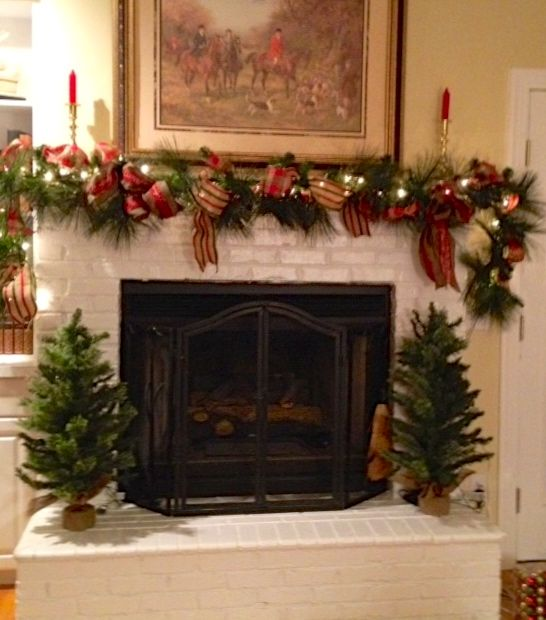 Rustic Mantel Décor That Will Adorn Your Bored To Death: Christmas Decorations, Outdoor
