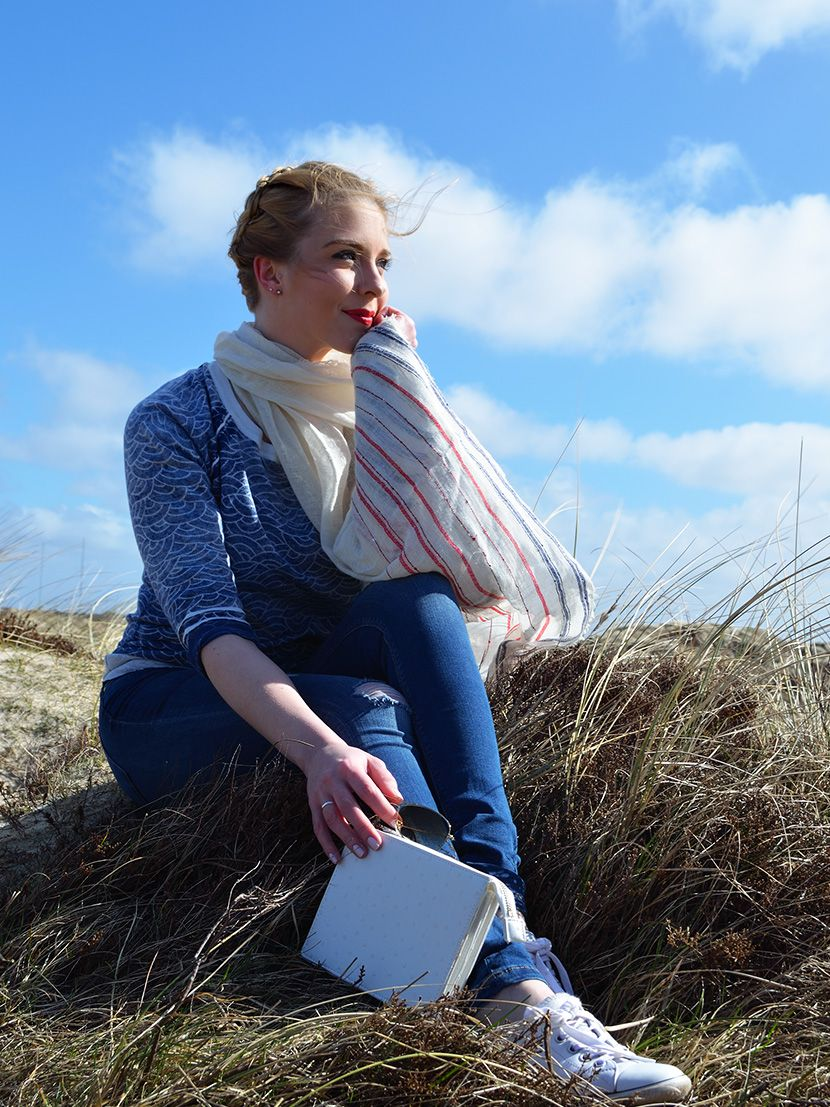A new look is online  - inspired by the ocean a casual outfit for a day at the sea ist waiting for you