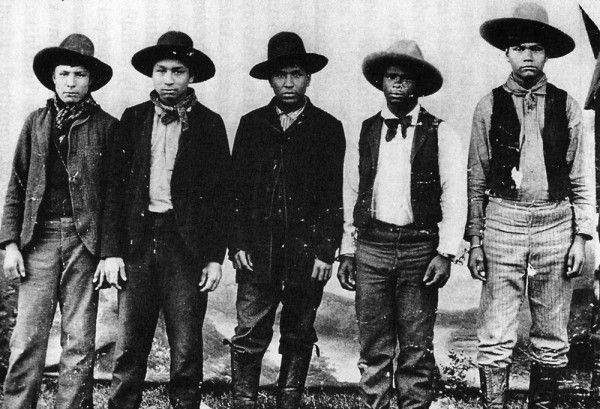 Rufus Buck Gang, a mixed color of one of the meanest outlaw ever....All of the members of this gang were teenagers.....