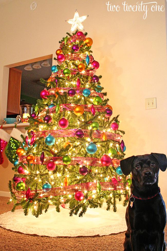 How To Put Lights On A Christmas Tree Two Twenty One
