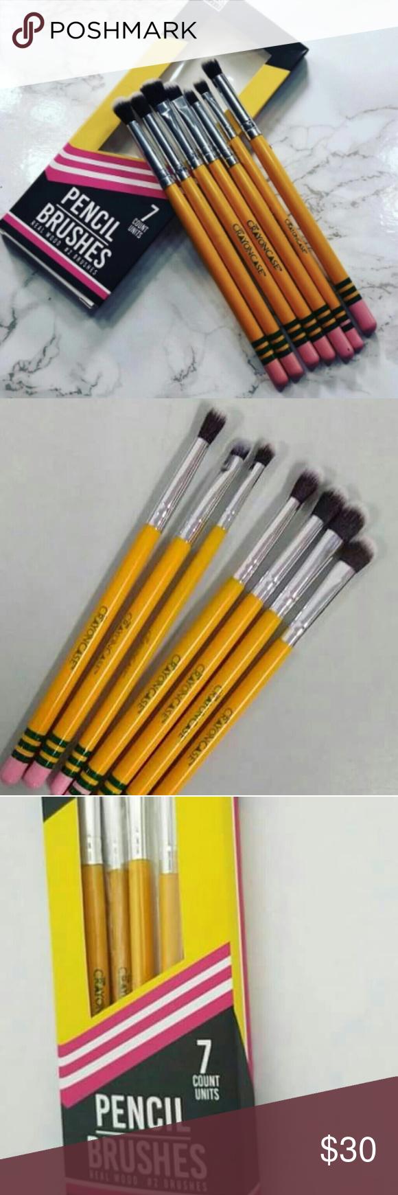 The Crayon Case Eye Pencil brushes 7 pieces BNIB NWT Eye