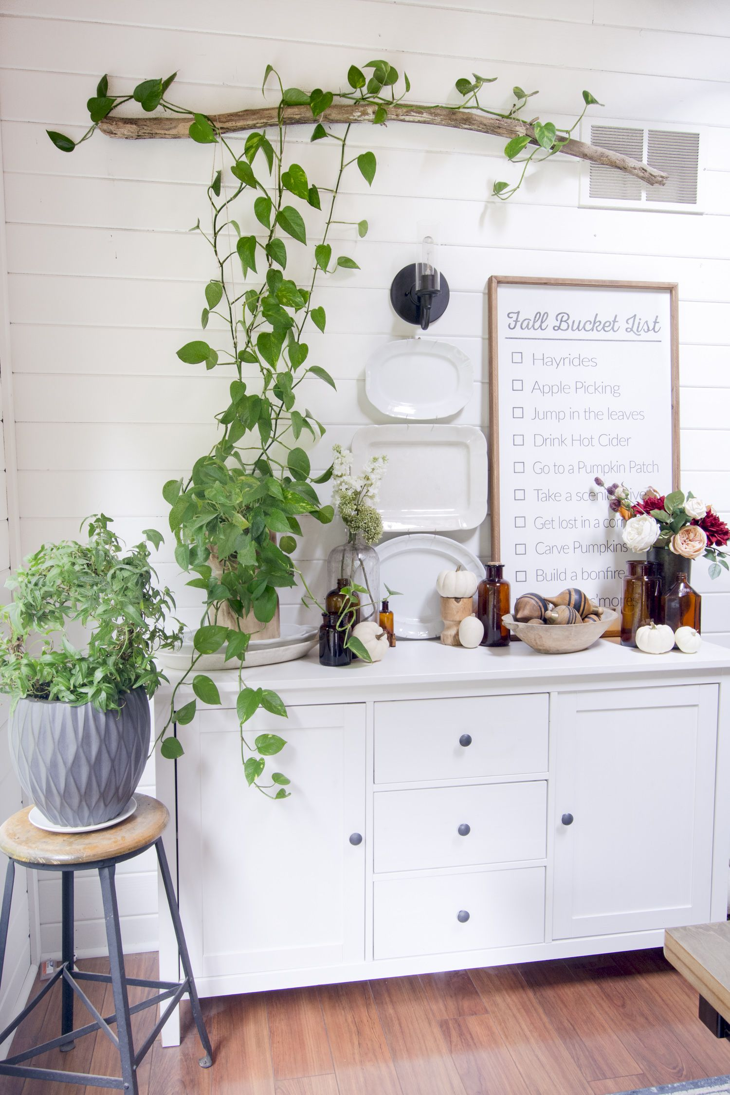 Refined Rustic Dining Room Decorated For Fall Indoor Plants Bedroom Plant Shelves Indoor Plants