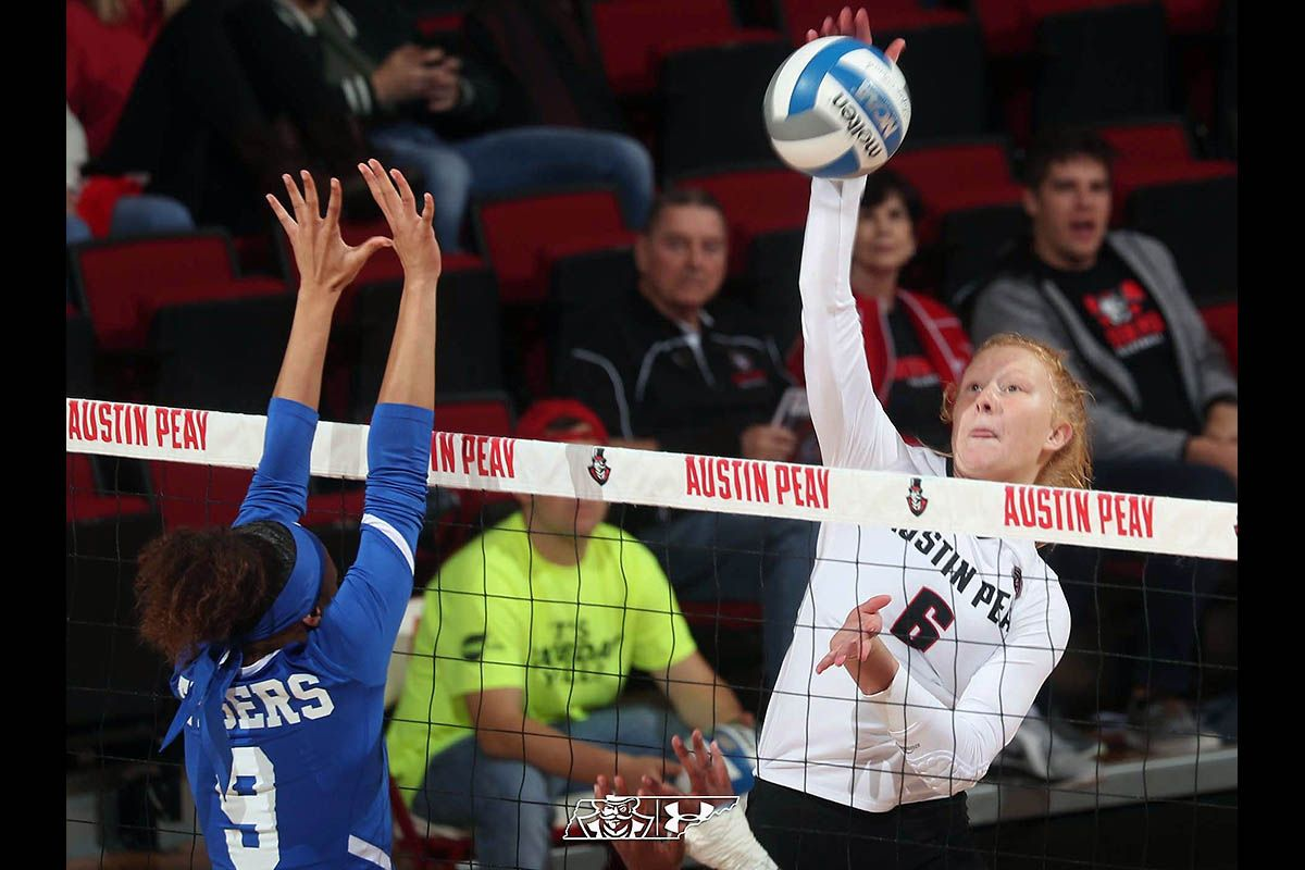 Austin Peay State University Volleyball Falls To Tennessee Tech In Four Sets Austin Peay State University State University Jacksonville State