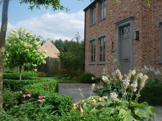 Afbeeldingsresultaat voor landelijke voortuin tuinen for Landelijke stadstuin