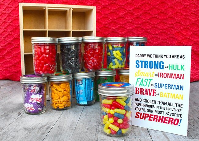 Easy Father's Day Superhero Gift with Free Printable #superherogifts