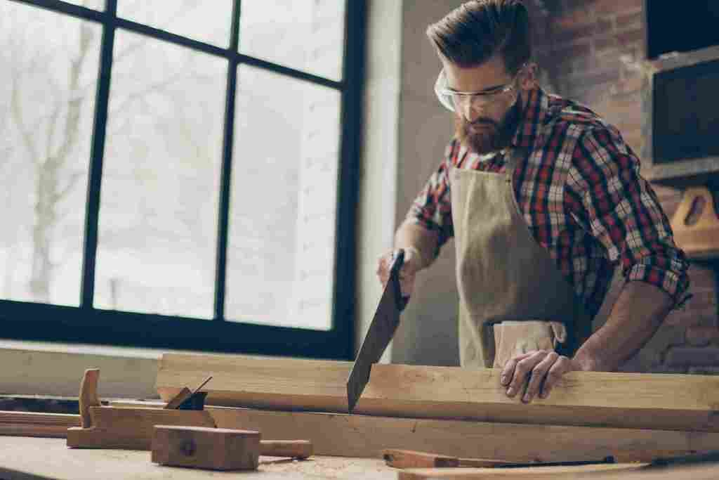 What to Look Out For When Hiring a Carpenter » Residence Style