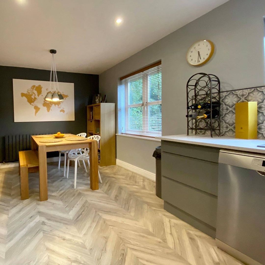 The Light Shades Within Our Signature Herringbone Floor Can Transform Your Home Into A Warm And Welcoming Space Solid Wood Flooring Flooring Parquet Flooring