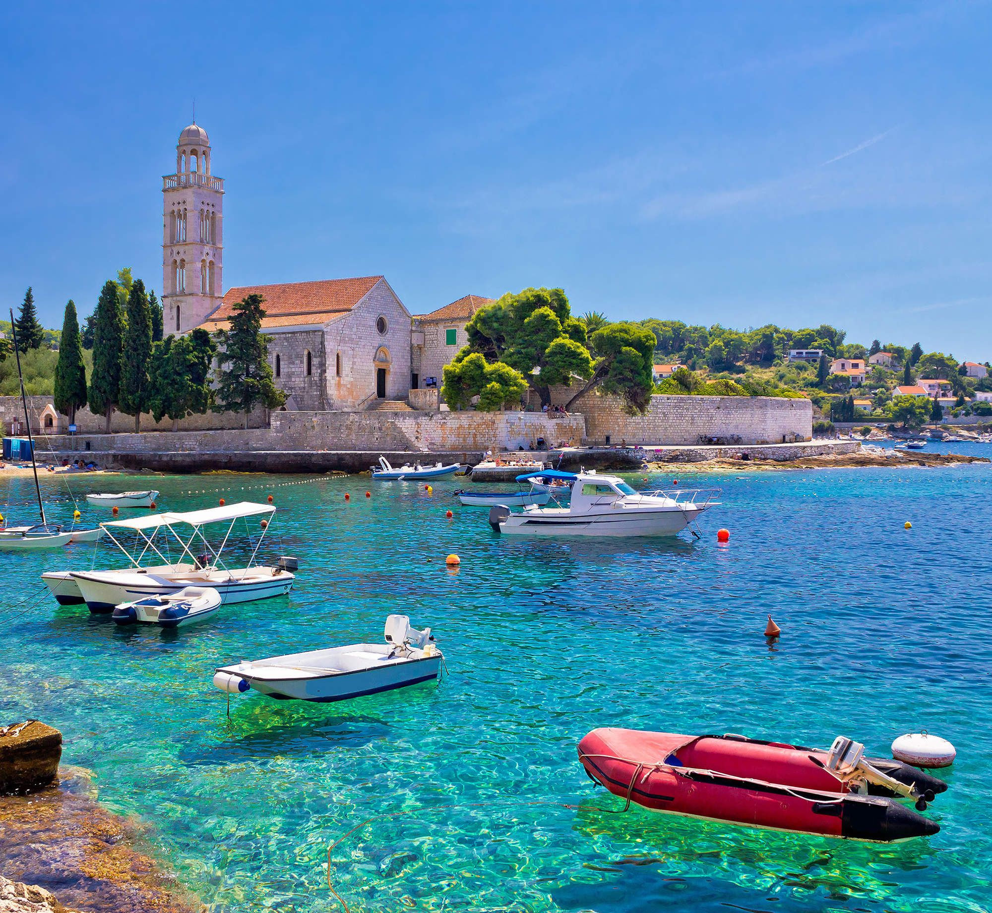 10 Spots With the Clearest Waters in the World Hvar