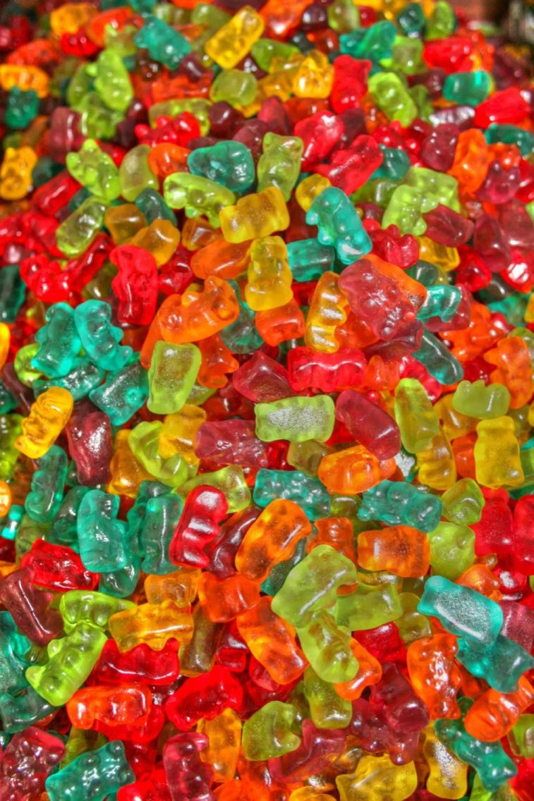 gummy bear wallpaper ui project pinterest bear