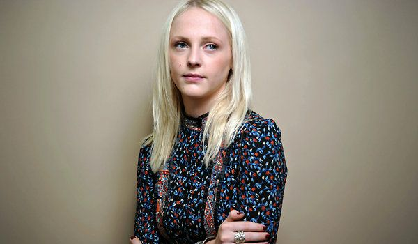 Love her blouse. Laura Marling