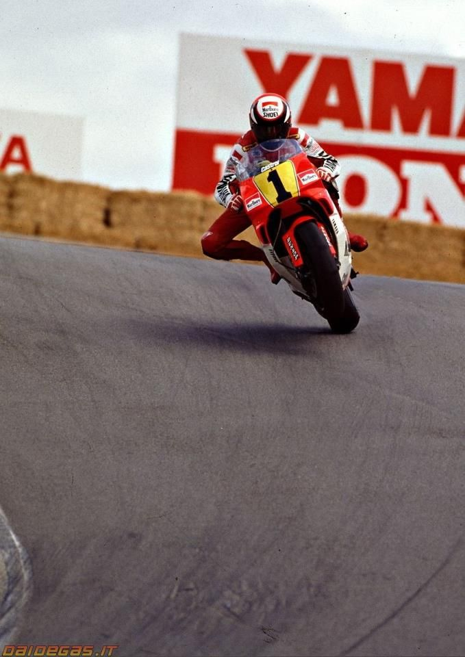 m 1990. Wayne Rainey and the Yamaha YZR 500 at Laguna Seca.-Winner three times(1989,1990, 1991) and World Champion three times too.-One of the best!