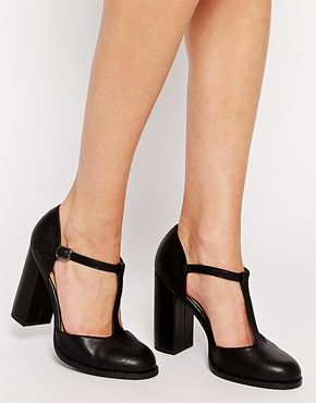 New Look Wide Fit Pantry Block Heeled T Bar Heeled Shoes