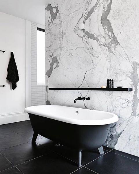 2 Bathroom Printed Floral Design – Pear sink, toilet and bidet by Agape