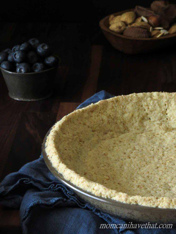 basic low carb almond pie crust faible teneur en. Black Bedroom Furniture Sets. Home Design Ideas