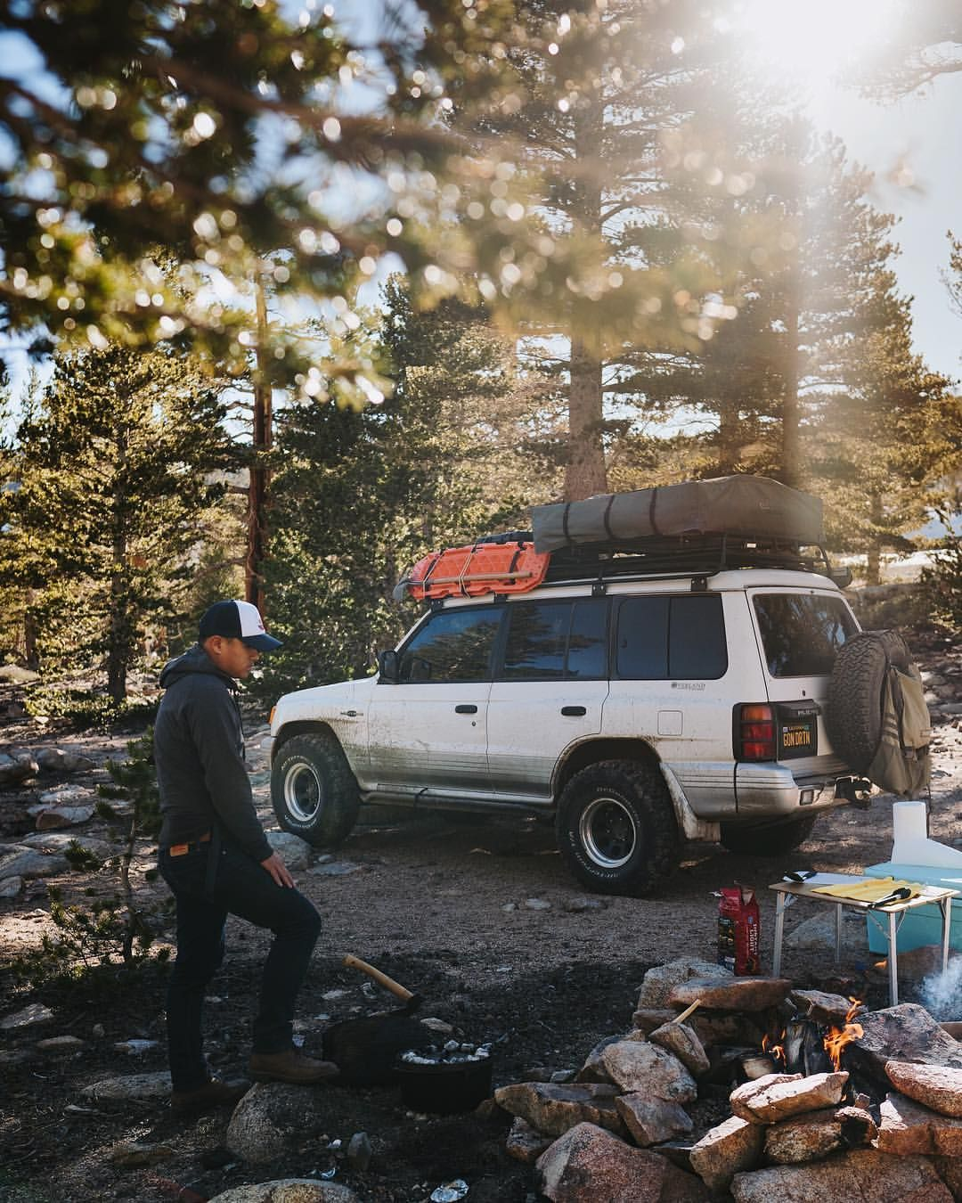 Lucky To Have Someone To Spend Camp Vibes Adventures With He Makes A Mean Lasagna Too Travel California Mitsubishi Montero Offroad Camping Projects Camping