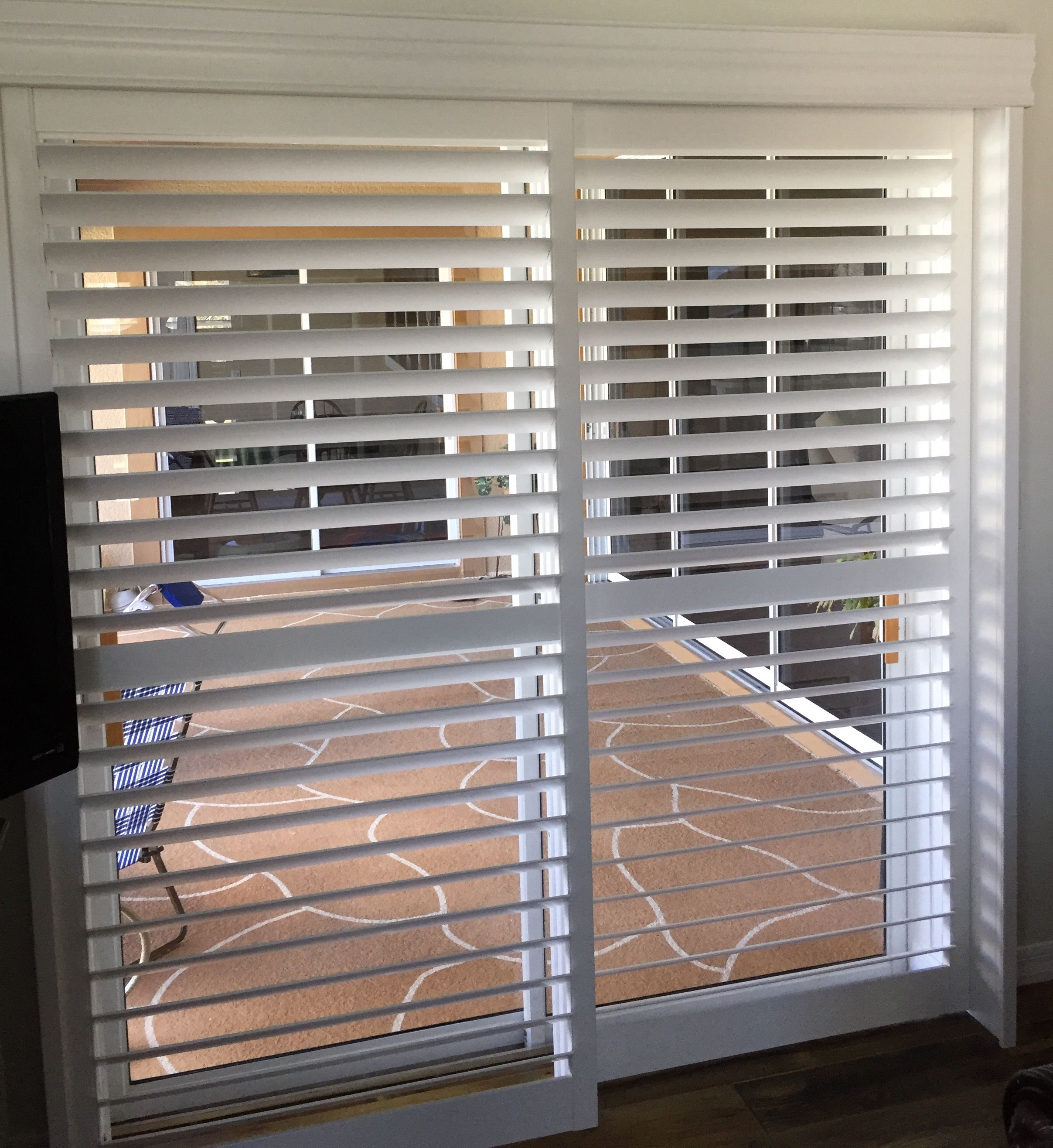 Open By Pass Shutters For Patio Doors Available At Budget Blinds Of Clermont Cuarto De Bano Casa Jardin Casas