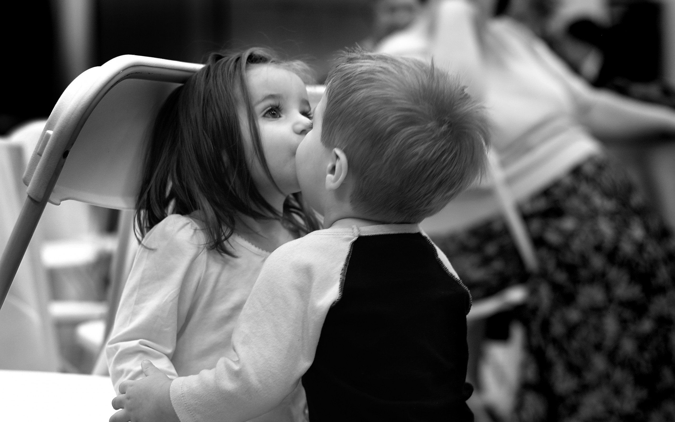 Cute Baby Girl And Boy Kissing Hd Wallpapers Cute Baby Couple Children Photography Kids Photos