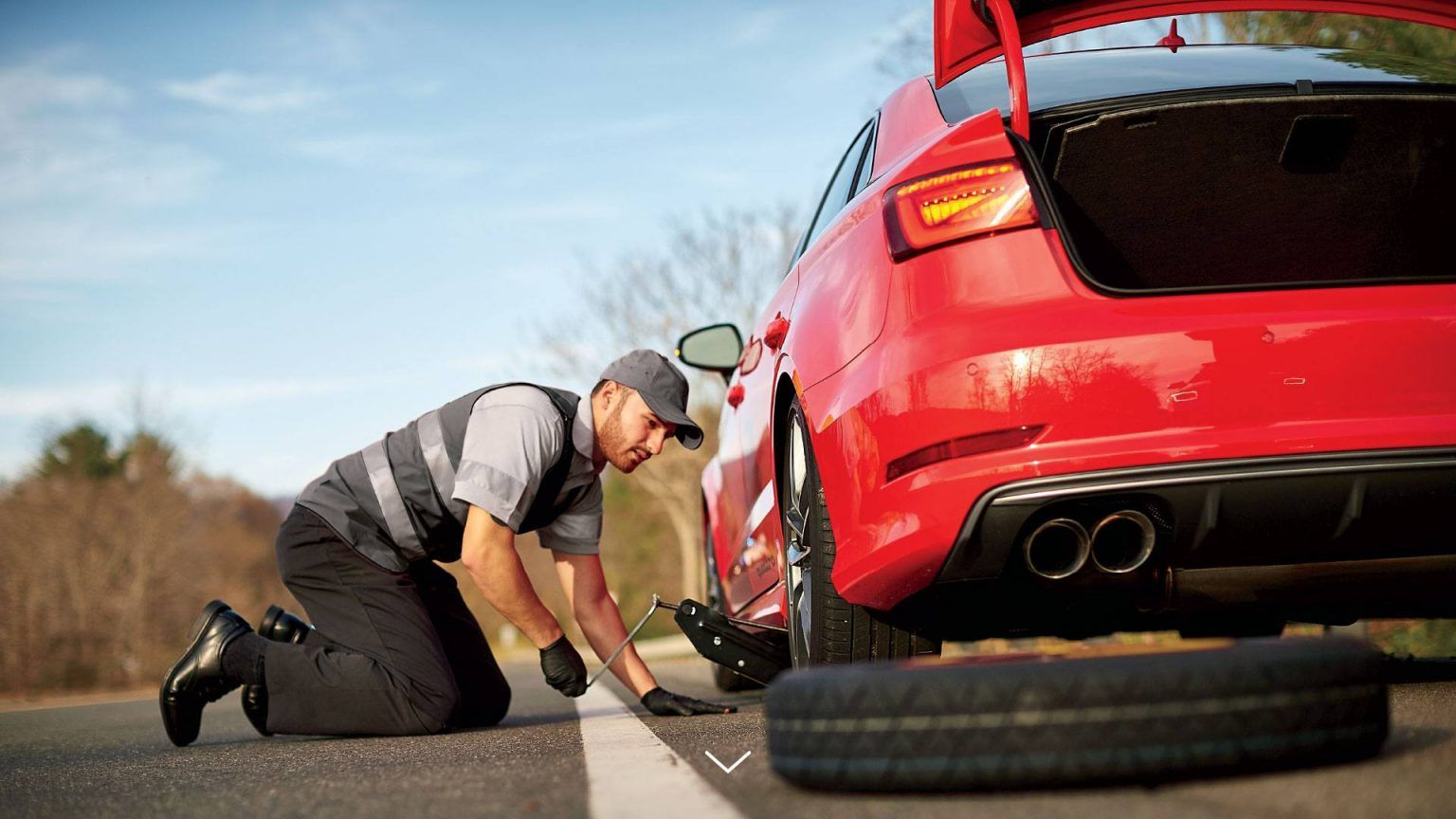 Are you looking for the Best Emergency Roadside Assistance
