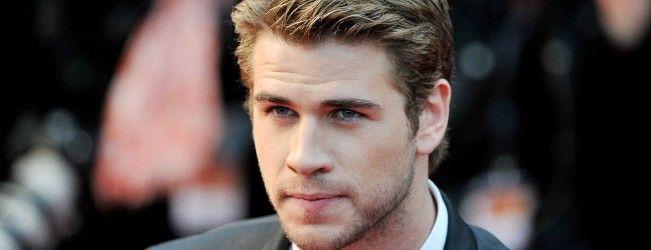 Liam Hemsworth sera en guest dans la série #TheMuppets et fait les yeux doux à Piggy La Cochonne