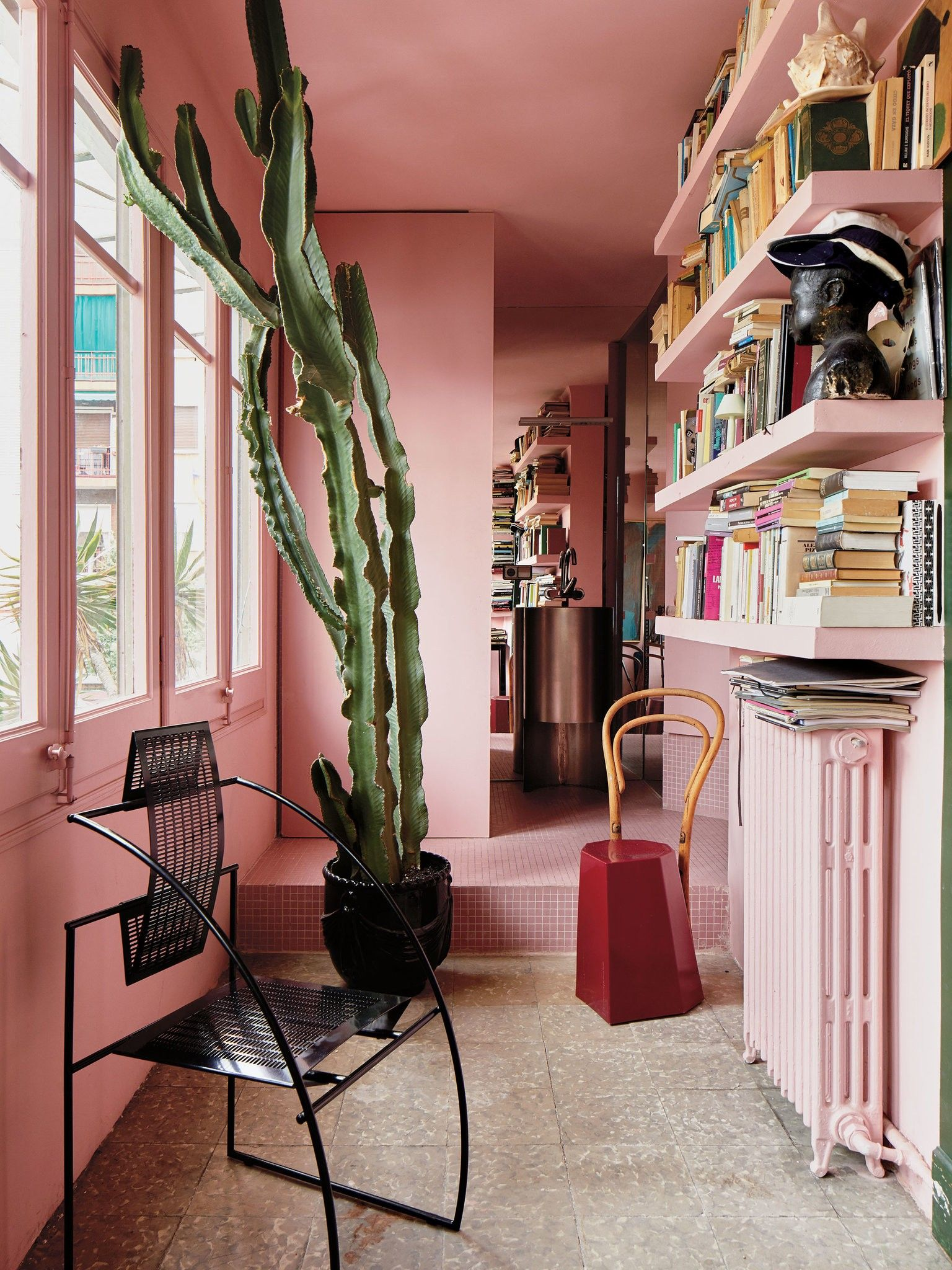 In Barcelona A House That Was Remade By Taking It Apart Published 2018 Colorful Interior Design Eclectic Interior Design Eclectic Interior