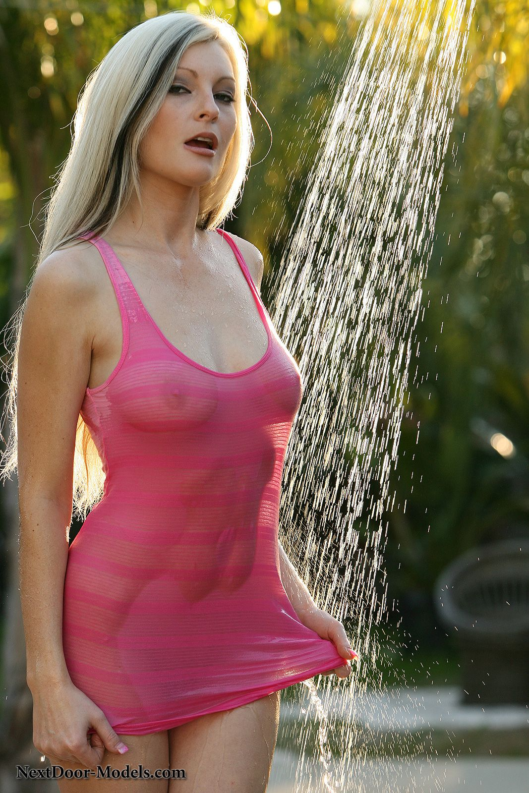 Teen body is in shower wetlook, tan naked outdoor girls