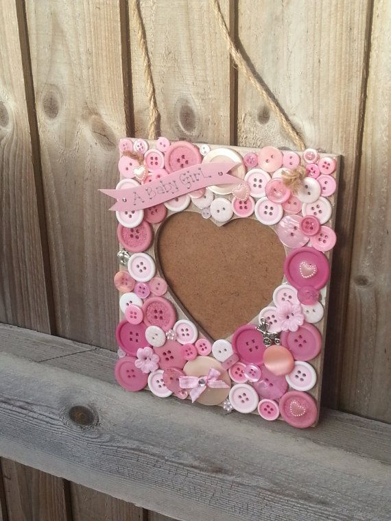 Button photo frame materials hobium dme erevenin yapm a really pretty handmade photo frame using a bunch of buttons sciox Image collections