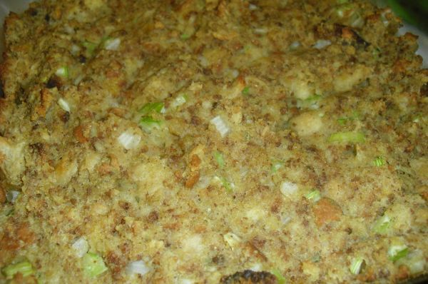 Old Fashioned Cornbread Dressing | I Heart Recipes