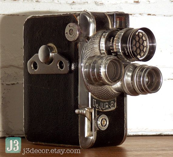 Vintage DeJUR Amsco 8 mm Movie Camera with 3 Rotating Lenses
