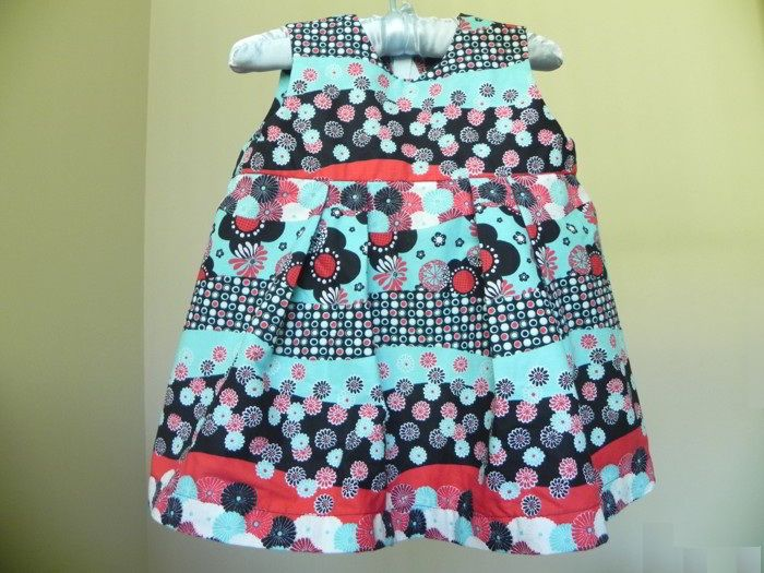 Baby Dress Free Sewing Pattern And Tutorial Girls Clothes Patterns Baby Girl Dress Patterns Girls Dress Pattern Free