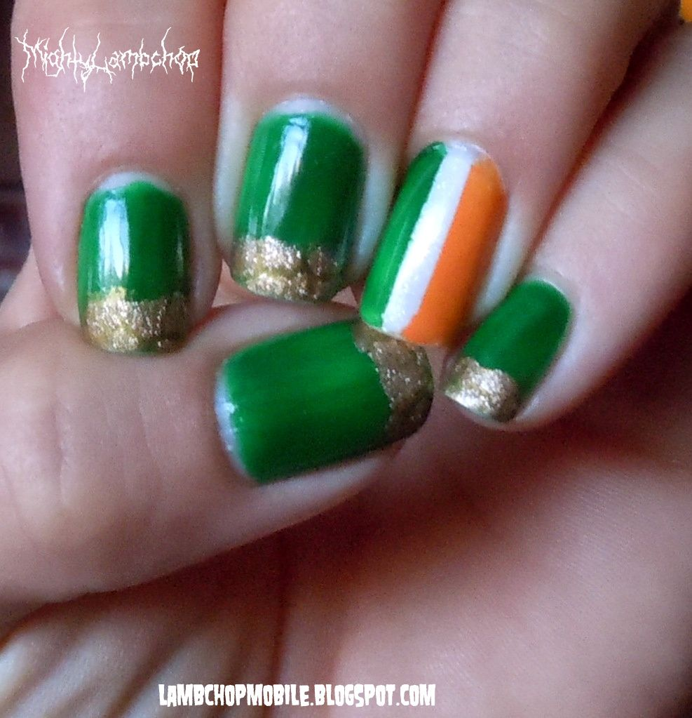 St. Patrick\'s Day Nails; I like the flag, I hate the other nails ...