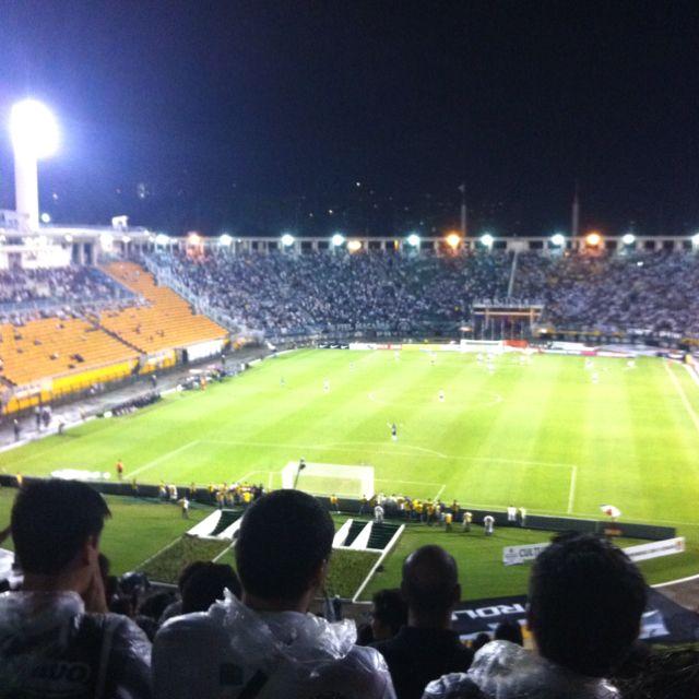 Êh mto loco ver jogo no estadio!!!