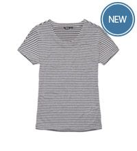 Travel T with Coolant™ fabric technology.