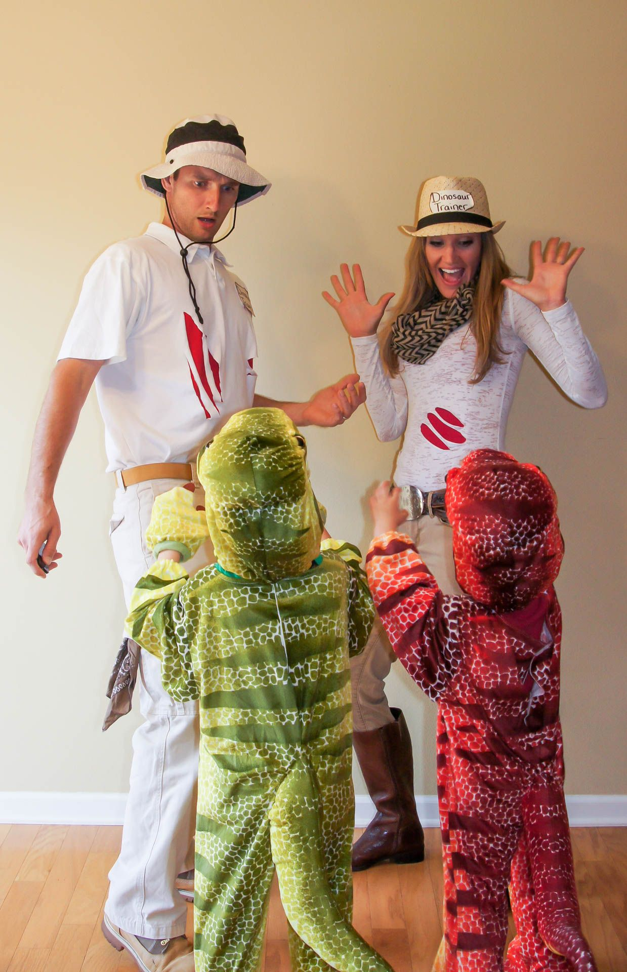 Halloween Group Costumes Scary.Dinosaurs And Dinosaur Trainers Family Costume Halloween