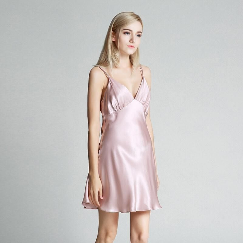 Details about  /Women/'s Silky Satin Nightie Nightdress Chemise with Spaghetti Straps