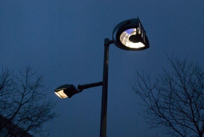 Dag Licht Lamp : Broken light in rotterdam netherlands by daglicht vorm