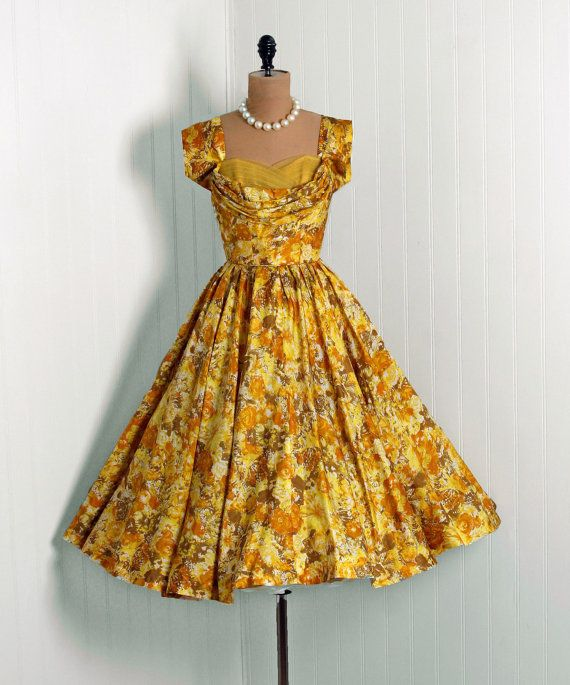 1950's Vintage Marigold-Yellow Watercolor Floral-Garden Print Silk-Couture Sweetheart Shelf-Bust Plunge Bombshell Circle-Skirt Party Dress
