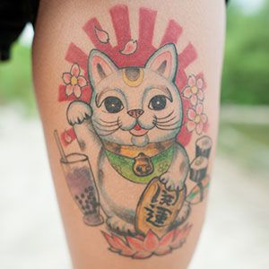 japanese lucky cat tattoo design images galleries with a bite. Black Bedroom Furniture Sets. Home Design Ideas