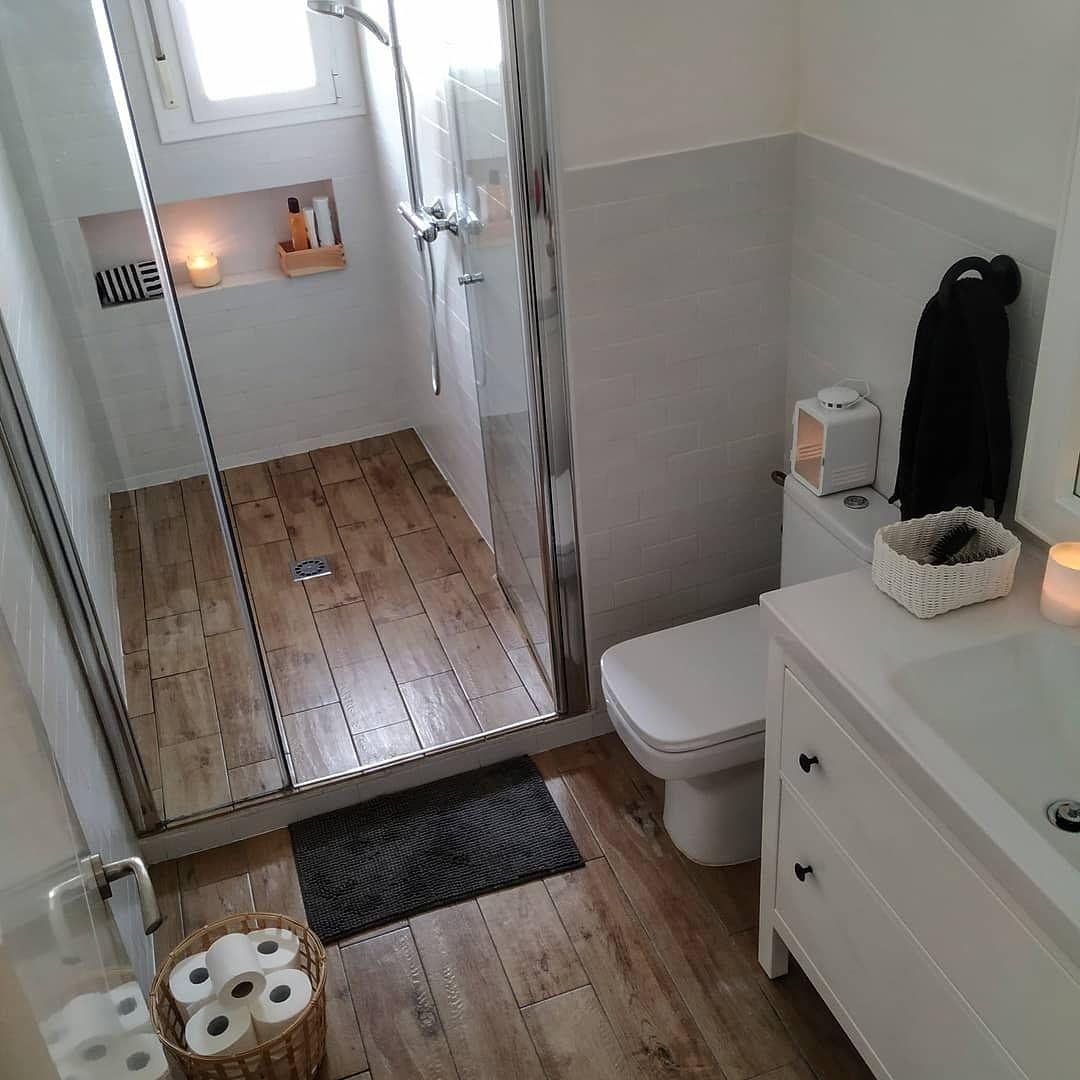 Hola Instafam Hoy Os Traigo El Bano De Amparo Lasnubes Que Tiene Una Casa Preciosa Que Tal Va Vuestro Dia Y Rooms Home Decor Bathroom Decor Bathroom