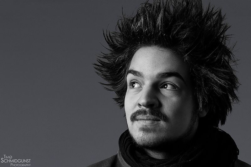 Milky Chance - a Rising Star - CAT IN WATER