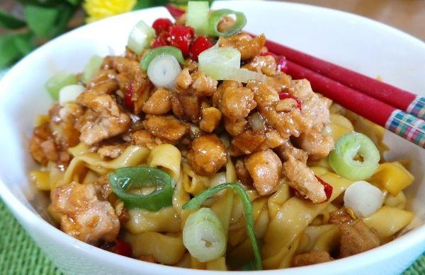 Resep Mie Ayam Yamin Pelajari Tips Rahasia Cara Membuat Resep Mie Ayam Yamin Yang Sangat Enak Dan Gurih Disini Makan Malam Resep Masakan Resep Makanan Cina