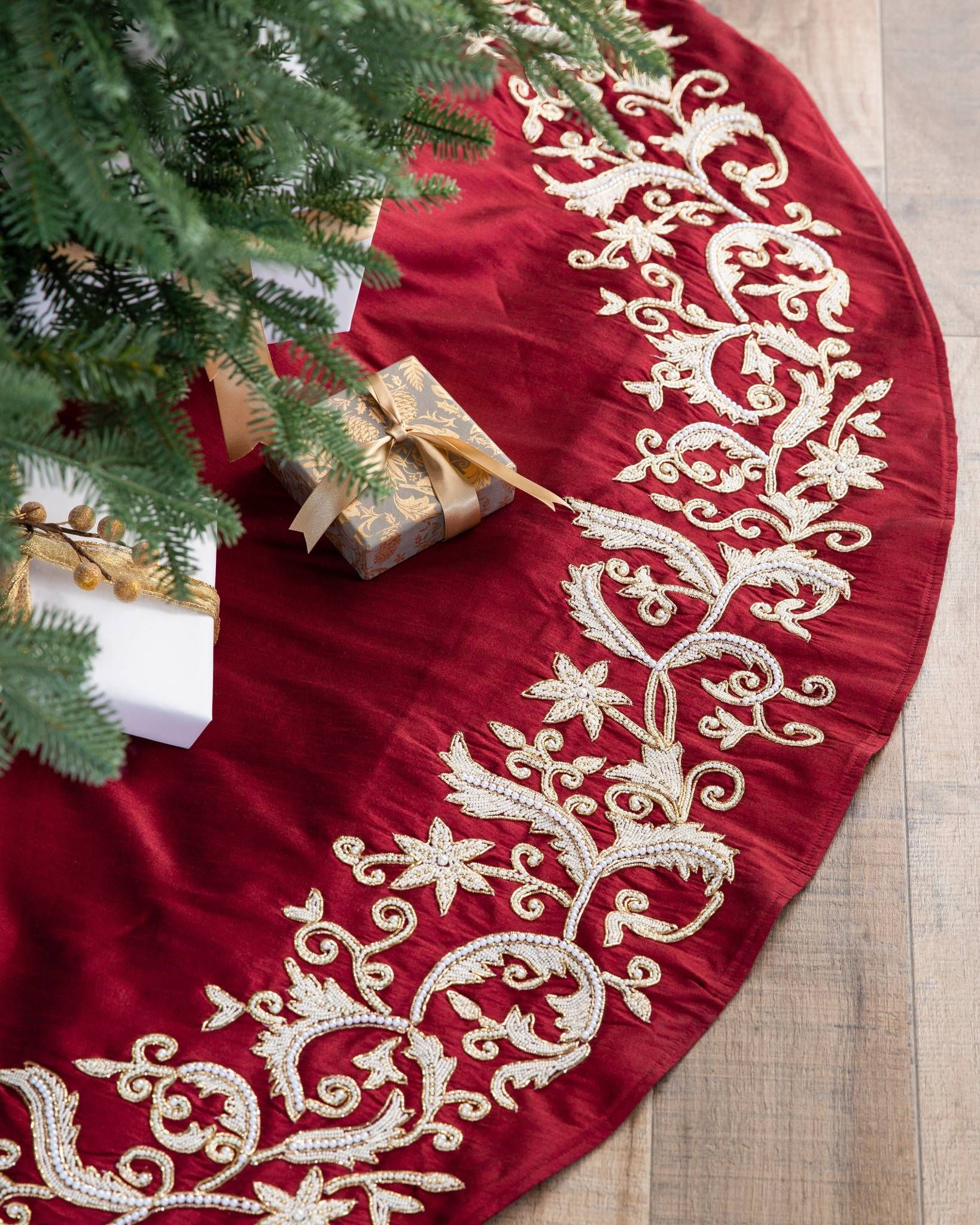 Hand Painted Gingerbread House Christmas Tree Skirt