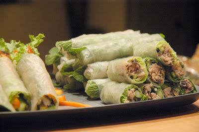 How to Roll Fresh Spring Roll Rice Paper - White on Rice Couple