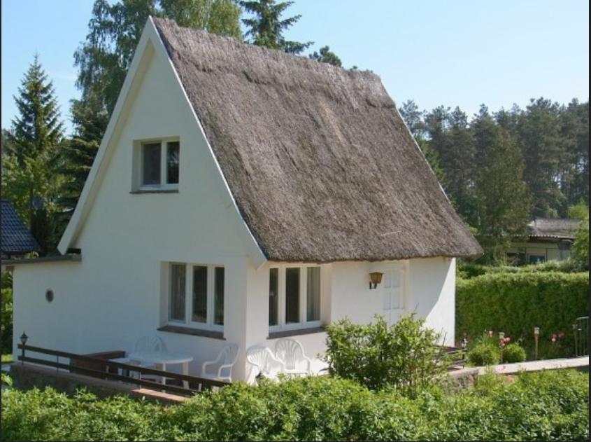 Ideen Design Von Haus Kaufen Buxtehude Ein Einfaches Dorfhaus Mit Reetdach Haus Wolle Kaufen Design