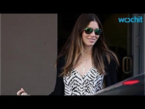 Pregnant Jessica Biel and Her Baby Bump Go Shopping in New York City - http://hagsharlotsheroines.com/?p=90443