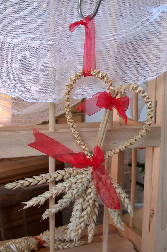 Bridal shower straw heart in red  a lovely by ItchyFingersLynny