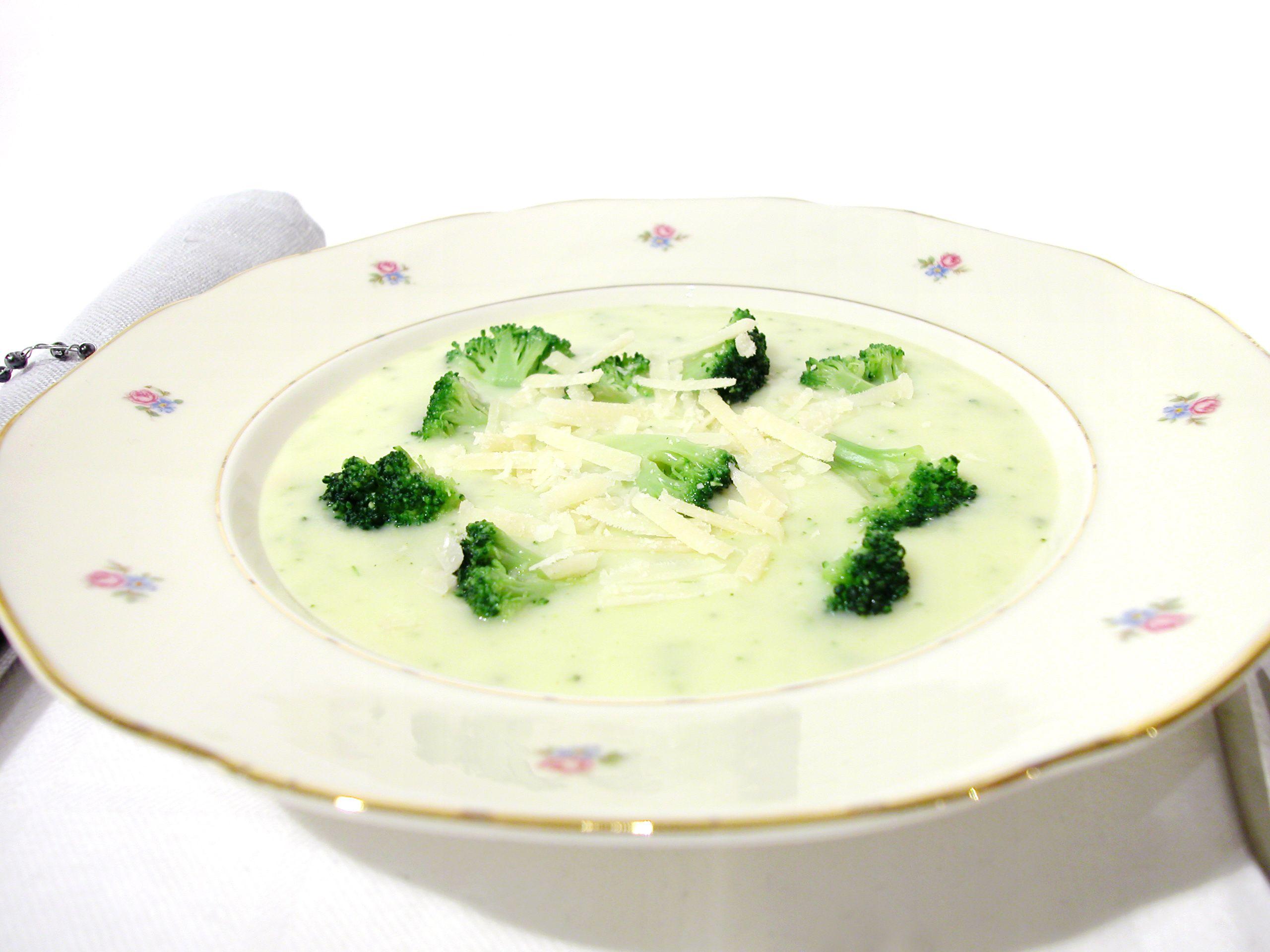 ost och broccolisoppa fryst broccoli