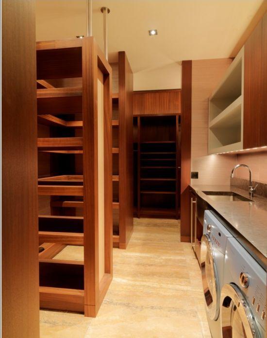 laundry in master closet . Quaker Bluff Residence . Birdseye Design