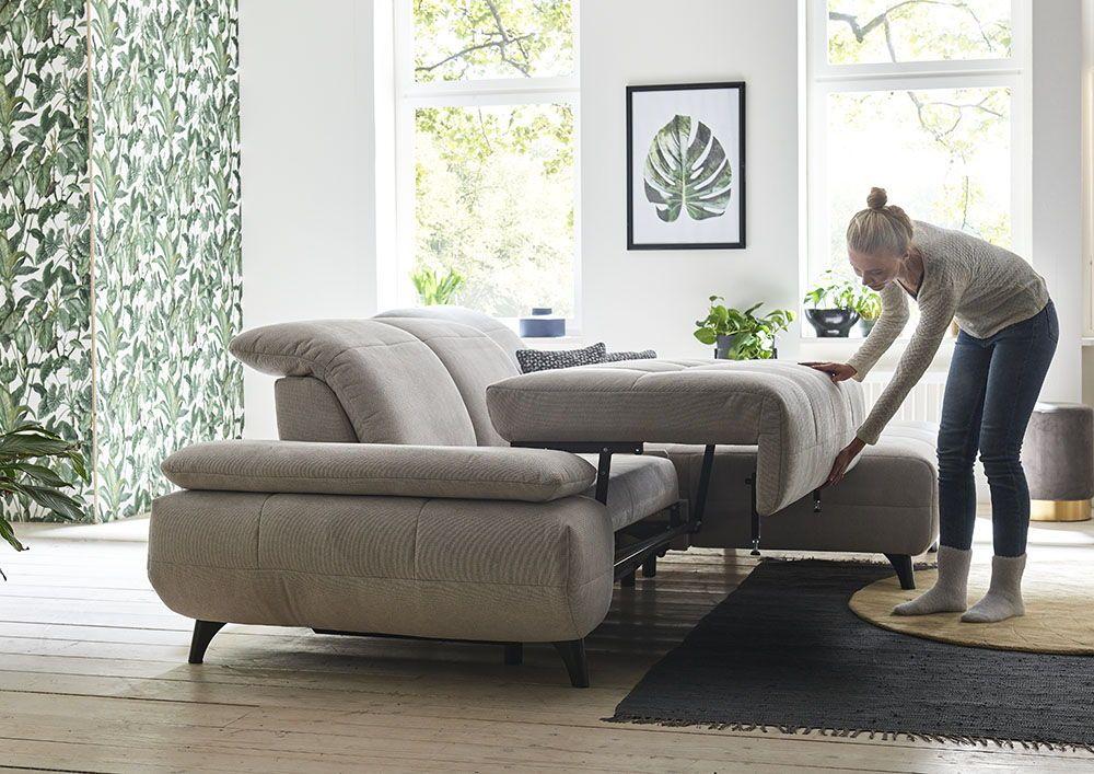 Dieses Komfortable Sofa Ladt Mit Drei Schwenkrucken Und Schlaffunktion Zum Entspannen Ein Und Spontaner Besuch Ist Au Mobel Sofa Mobeldesign Wohnzimmersessel