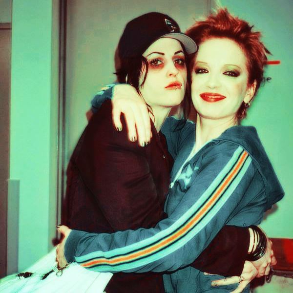 Pin By Kahnnabis On I Like It Shirley Manson Punk Rock Girls Brody Dalle
